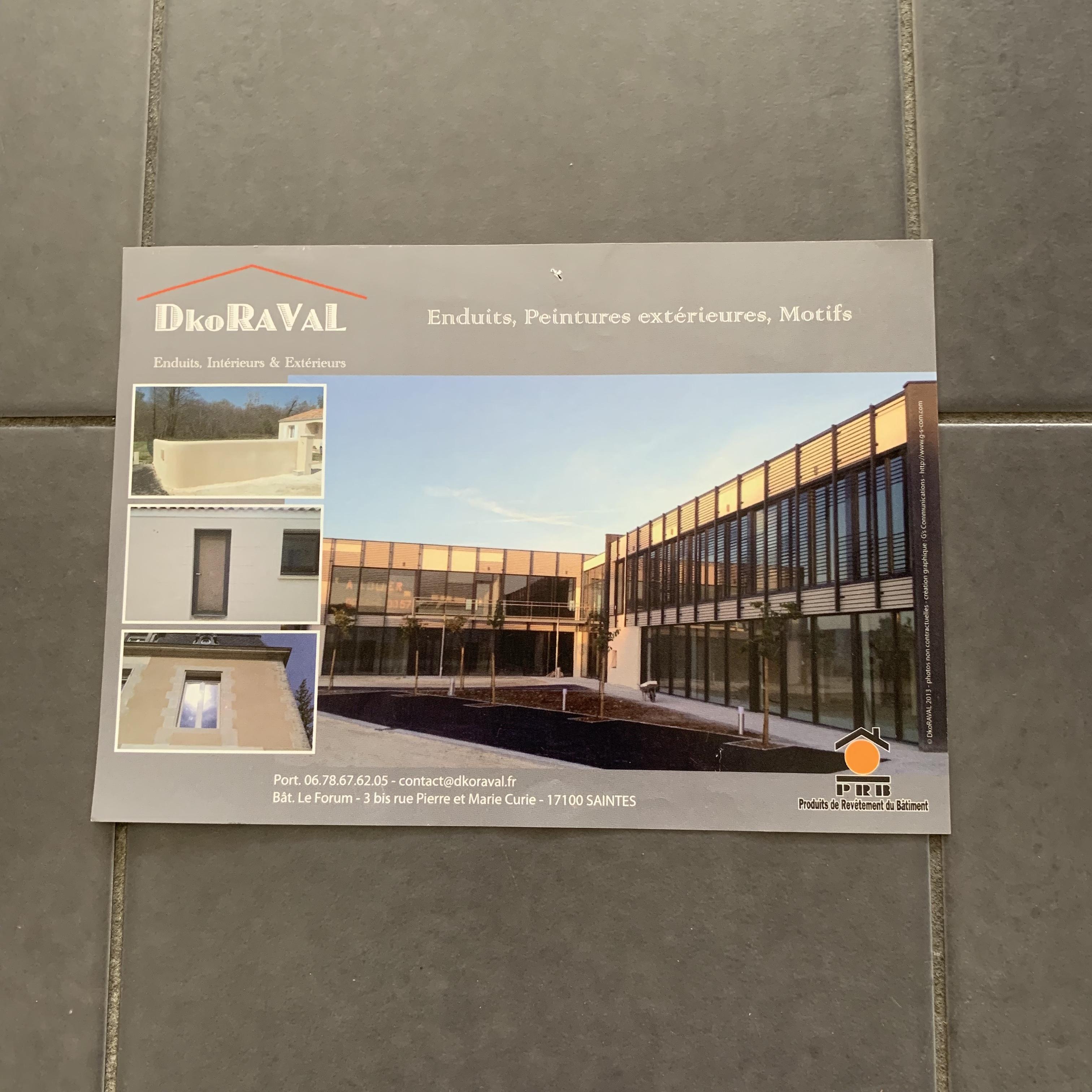 Flyer pour une société de facade en bâtiment DKRORAVAL - Saintes (17)